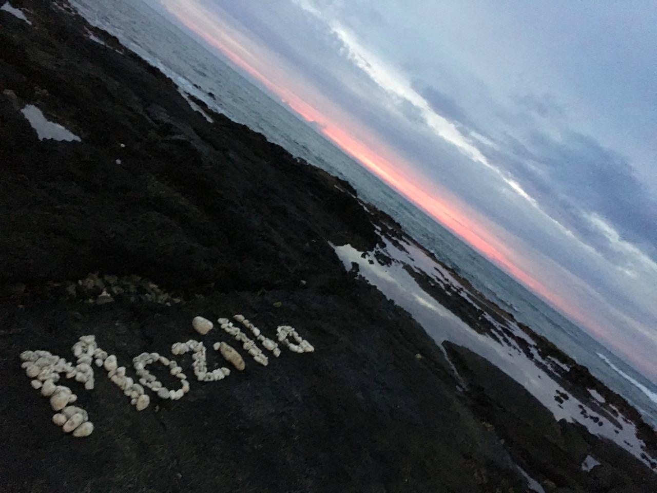 Imagem da praia em Waikoloa Village – Havaí.